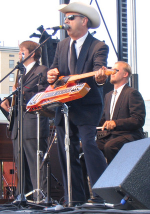 Junior Brown at River Roots Live